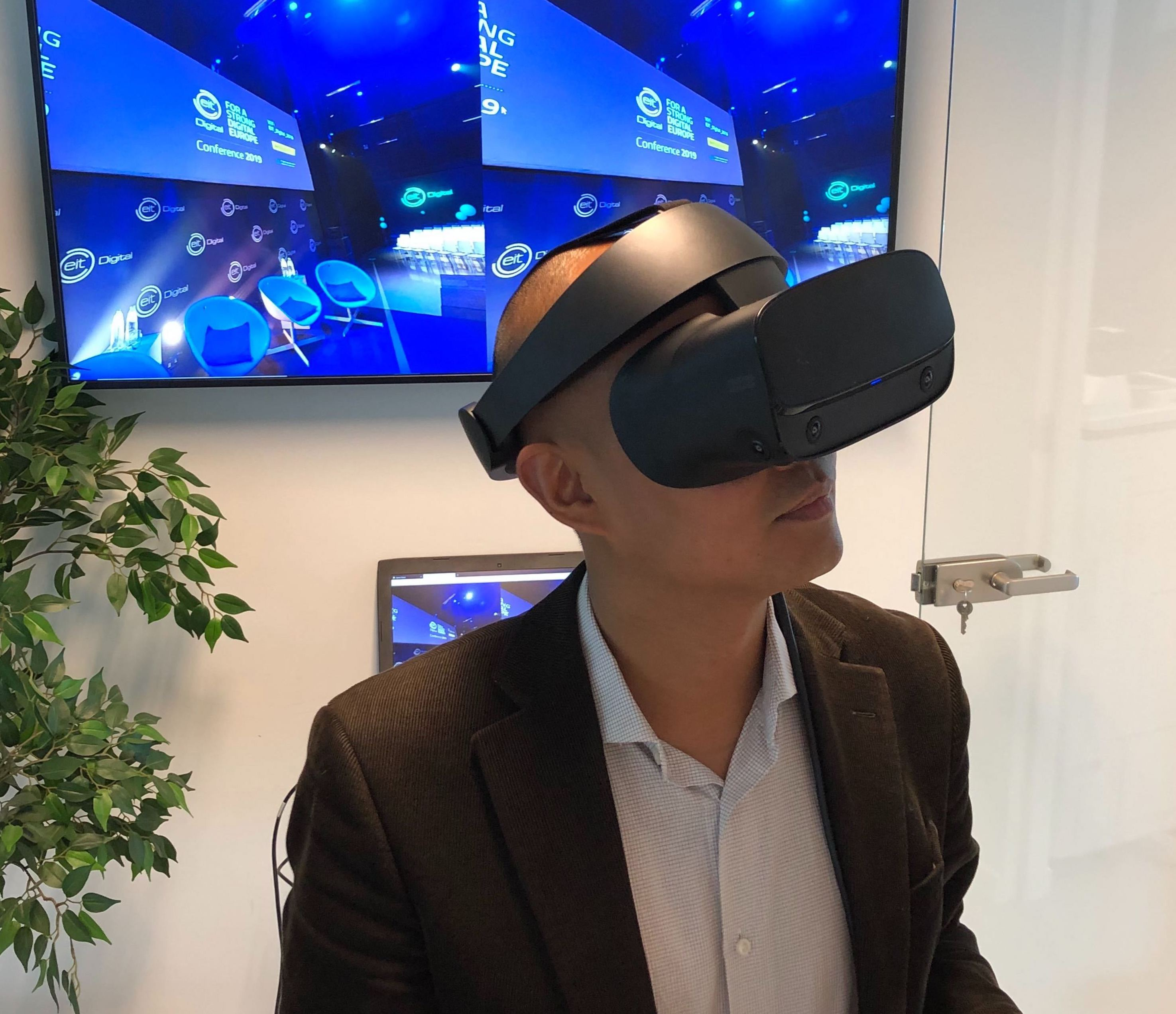 https://ofcores.events/inspiration/harnessing-virtual-reality-technology-your-next-event